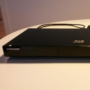 Samsung BD-C5500 Blu-ray afspiller Meget - Aalborg  - Samsung BD-C5500 Blu-ray afspiller Meget god stand. Læs mere på http://www.samsung.com/dk/consumer/tv-av/audio-video/blu-ray-dvd-player/BD-C5500/XEE - Aalborg