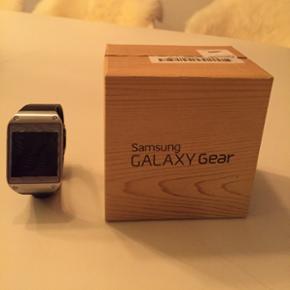 Samsung Galaxy gear ur sælges. Brugt me - Århus - Samsung Galaxy gear ur sælges. Brugt meget lidt. Som nyt. - Århus