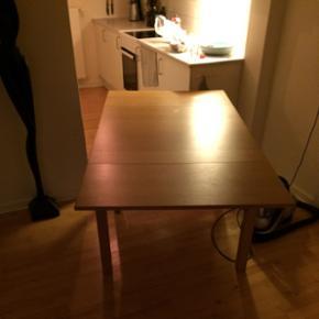 Spisebord, træ, med udtræksplader - Århus - Spisebord, træ, med udtræksplader - Århus