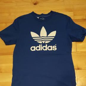 T-shirt. Afhentes i Vejle. Sender ikke - Vejle - T-shirt. Afhentes i Vejle. Sender ikke - Vejle