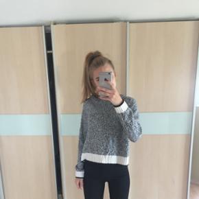 Tynd sweater fra h&m, ikke brugt så meg - Nakskov - Tynd sweater fra h&m, ikke brugt så meget.