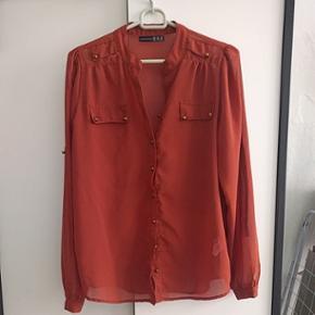 Button up blouse size 38 - København - Button up blouse size 38 - København