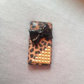 Cover til iPhone 4/4s.  - Cover til iPhone 4/4s.