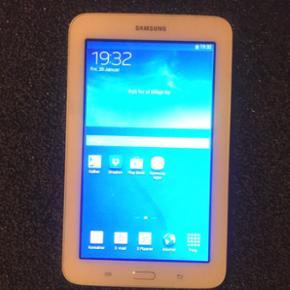 Samsung Galaxy tab3 Lite. I god stand, i - Aalborg  - Samsung Galaxy tab3 Lite. I god stand, ingen ridser. 600kr eller kom med et fornuftigt bud