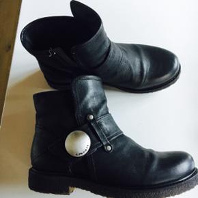 Cashott støvletter str 37 med rågummi  - Kolding - Cashott støvletter str 37 med rågummi bund, har kun været på 1 gang. 400kr pp - Kolding