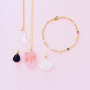 Smykker fra Sorelle - gode priser og god - Randers - Smykker fra Sorelle - gode priser og gode materialer :) se mere på Sorelle.dk - Randers