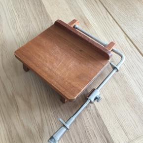 Fin osteskærer i træ Kan sendes Har mo - København - Fin osteskærer i træ Kan sendes Har mobilpay - København