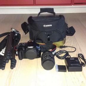 """Jeg sælger et """"Canon EOS 1100D"""" spejlre - Fredericia - Jeg sælger et """"Canon EOS 1100D"""" spejlrefleks kamera + objektiv 18-55mm, incl. Canon kamerataske & kamerastativ. Skriv for mere info. - Fredericia"""