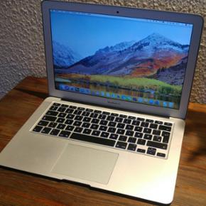 """Macbook Air 13"""" årgang 2013. Super læk - Otterup - Macbook Air 13"""" årgang 2013. Super lækker og hurtig Macbook air med i5 processor, 4GB DDR3-ram og hurtig SSD-harddisk. I nærmest perfekt stand uden fejl og skader"""