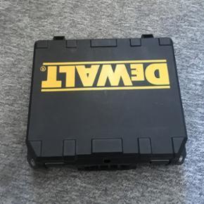 DeWalt skruemaskine batteriet er dårlig - Esbjerg - DeWalt skruemaskine batteriet er dårligt men udover det virker den - Esbjerg