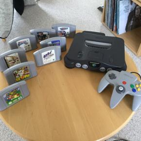 Velfungerende Nintendo 64 med expansion  - Thisted - Velfungerende Nintendo 64 med expansion pack (mere hukommelse og bedre skærmopløsning), 8 spil, et velfungerende joystik samt kabler for tilslutning til tv. Spillene er følgende: - SuperMario 64 - 1080 Snowboarding - Glover - Nagano Winther o - Thisted