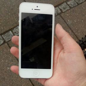 600,00 IPhone 5s mener jeg. Sælges lade - Vejle - 600,00 IPhone 5s mener jeg. Sælges lader følger med. Den skal bare have et nyt batteri. kom med et bud og gerne realistisk. - Vejle