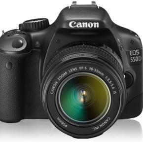 SPEJLREFLEKSKAMERA Canon 550D, 18 mp og  - Aalborg  - SPEJLREFLEKSKAMERA Canon 550D, 18 mp og fuld HD. Kamerataske, opladerstation og 8 GB SD-kort medfølger. Har få ubetydelige ridser på skærmen (hjørnet), men linsen er så fin som ny. Kostede 5.800,- fra ny alt inkl. Mp: ca. 2000,- men BYD g - Aalborg