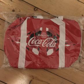 Coca-Cola sportstaske. Stadig i plastic. - Fredericia - Coca-Cola sportstaske. Stadig i plastic. - Fredericia