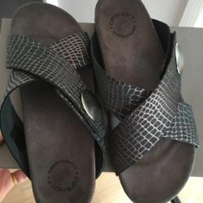 Cashott sandaler str 38 Helt nye, kun pr - Billund - Cashott sandaler str 38 Helt nye, kun prøvet på. Det er den style uden hæl. Nypris 799,- - Billund