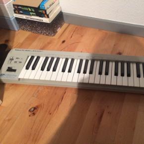 Keyboard, kom gerne med bud, skal væk h - Esbjerg - Keyboard, kom gerne med bud, skal væk hurtigst muligt - Esbjerg
