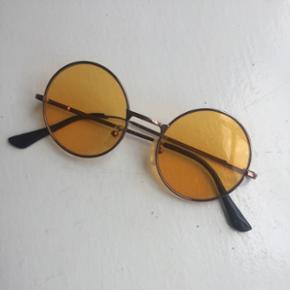 John Lennon style solbriller - Århus - John Lennon style solbriller - Århus