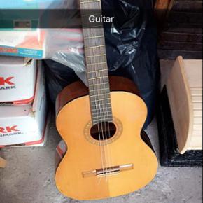 Guitar - der skal. Idag nye strenge på, - Slagelse - Guitar - der skal. Idag nye strenge på, - Slagelse