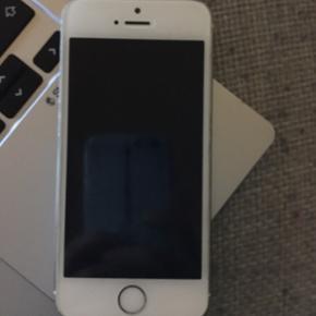 IPhone 5s brugt i 1 år spare op til en  - Skanderborg - IPhone 5s brugt i 1 år spare op til en iPhone 6s Eller måske er der en der vil bytte sin iPhone 6s med min iPhone 5s. - Skanderborg