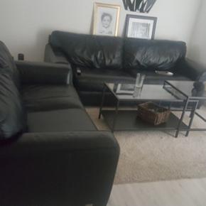 Sofasæt sælges. Sofaerne er i brugte m - Odense - Sofasæt sælges. Sofaerne er i brugte men i rigtig god stand. Kvittering haves ikke. Sofaerne er ægte læder. - Odense