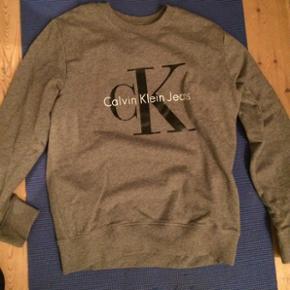 Calvin Klein trøje sweater Købt for li - Randers - Calvin Klein trøje sweater Købt for lille, blot gået med et par timer. Unisex. Ny Kan sendes 50.- - Randers