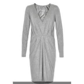 Six Ames kjole i størrelse small. Den e - Herning - Six Ames kjole i størrelse small. Den er aldrig brugt, så den er helt som ny! Den oprindelige salgspris er 399 - kom med et bud. - Herning