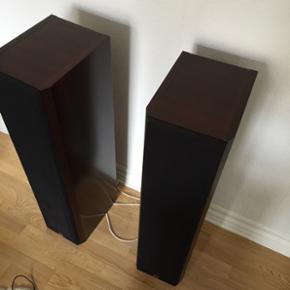 Sælger mine klassiske 450 Dali højtale - Århus - Sælger mine klassiske 450 Dali højtalere. Bygget i Danmark, rigtig fin stand. Er evt. Interesseret i bytte med Dali zensor 1 højtalere