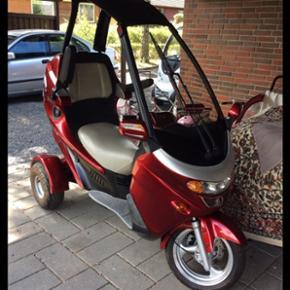 Kørt 180 km. el-scooter fra pegasus i O - Odense - Kørt 180 km. el-scooter fra pegasus i Otterup (nypris 25000) stadig garanti på, da den blev købt efterår forrige år. Køre 15km/t og køre mindst 30 km på en opladning. Fejler ingenting - Odense