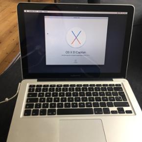 """MacBook Pro 13"""" medio 2012 Processor 2,5 - Århus - MacBook Pro 13"""" medio 2012 Processor 2,5 GHz Intel core i5 4 GB ram 1600 MHz Sælger denne computer da jeg selv har købt en ny. Den har lidt ridser, men virker som den skal. BYD - Århus"""