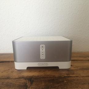 Sonos connect:AMP. Nypris 4.300,-. Strø - Odense - Sonos connect:AMP. Nypris 4.300,-. Strømkabel medfølger. Kom med et bud. - Odense