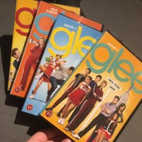Glee - sæson 1-4. Er i god stand, ingen - København - Glee - sæson 1-4. Er i god stand, ingen ridser. Sælges billigt. BYD. - København