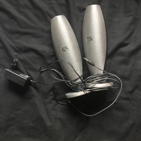 JBL duet II højtaler - Kegler højtaler - Hillerød - JBL duet II højtaler - Kegler højtaler Har ikke brugt dem længe (så de skulle lige have en sang eller to til at varme op... Men så spillede de super resten af aften og natten) - Hillerød