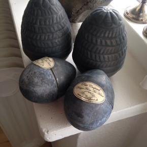 Zink æg De 2 store æg....50kr samlet 1 - København - Zink æg De 2 store æg....50kr samlet 12 cm H og 8 cm dia Alle æg kan skilles ad reserveret - København