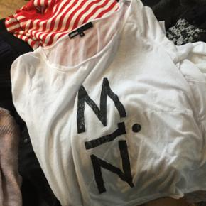 Tshirt fra minimum - Århus - Tshirt fra minimum - Århus
