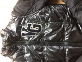 Lækker jakke fra VINGINO str 14 år.. f - Vejle - Lækker jakke fra VINGINO str 14 år.. farven er sort.. fin stand..nypris 999kr - Vejle
