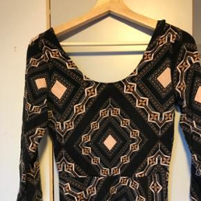Skaterdress kjole fra Charlotte Russe, s - Odense - Skaterdress kjole fra Charlotte Russe, str M. - Odense