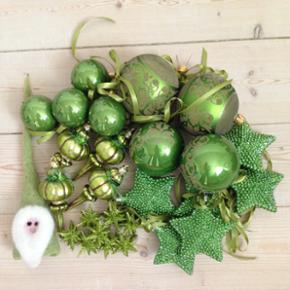 28 stk juletræspynt i limegrønne farve - Herning - 28 stk juletræspynt i limegrønne farver - sælges samlet - fast pris - Herning midtby - mobil 40304404 - har mobilepay - Herning