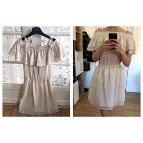Designers Remix kjole, aldrig brugt, sta - Århus - Designers Remix kjole, aldrig brugt, stadig med tags. Nypris 2400, pris 550. Passes af S. - Århus