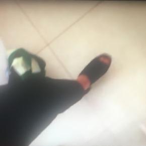 Billedet er ikke så tydeligt Men jeg s? - Billund - Billedet er ikke så tydeligt Men jeg søger disse sko SØGER! - Billund