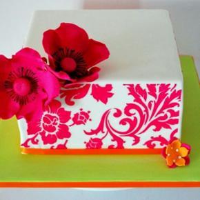 """Designer Stencils til at lave tryk/møns - Aalborg  - Designer Stencils til at lave tryk/mønsrer på siden af en kage. Mønsteret er """"starburst cake side"""" (og ikke det samme som trykket på kagen). aldrig brugt. - Aalborg"""