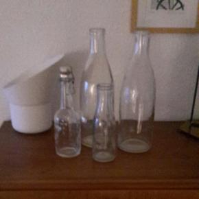 Fordkellige flasker. Kom med et bud  - Fordkellige flasker. Kom med et bud