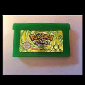 Pokemon Leafgreen til Gameboy Advance (K - Horsens - Pokemon Leafgreen til Gameboy Advance (Kan også spilles på DS Lite) Sender gerne mod betaling af porto, som alm brev på eget ansvar (8 kr), ellers til DAO pakkeshop for 33 kr, som pakke til posthus 39 kr, eller GLS pakkeshop 39 kr - Horsens
