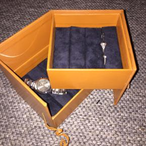 Smykke holder fra housedoctor - BYD! - Ribe - Smykke holder fra housedoctor - BYD! - Ribe