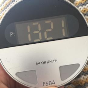 """Jacob Jensen el- parkometer. Nypris fra  - Haderslev - Jacob Jensen el- parkometer. Nypris fra 400,-. Har tendens til at """"strejke"""" engang imellem. - Haderslev"""