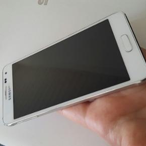 Samsung galaxy alpha Meget få brugsrids - Odense - Samsung galaxy alpha Meget få brugsridser, kun brugt i et år - Odense
