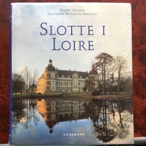 """""""Slotte i Loire"""". Stadig i plastomslag,  - Århus - """"Slotte i Loire"""". Stadig i plastomslag, så aldrig åbnet. - Århus"""