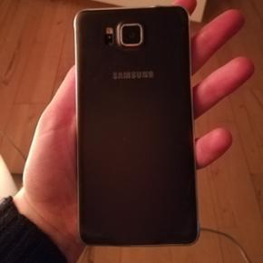Samsung galaxy Alpha Jeg sælger denne t - Aalborg  - Samsung galaxy Alpha Jeg sælger denne telefon, da jeg trængte til en nu. Telefonen fejler ikke noget og er 2 år gammel. Har stadig kvitteringen på den :) - Aalborg