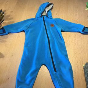 Regntøj brugt et par gange 150 kr - hun - Nyborg - Regntøj brugt et par gange 150 kr - hunmeldragt i rigtig fin stand 200 kr☺️ - Nyborg