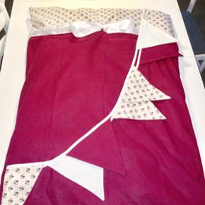 Stroemsholt design... baby sengetøj. Fl - Frederikshavn - Stroemsholt design... baby sengetøj. Flagranken medfølger (uden pudebetræk, da man sjældent bruger pude til baby) - Frederikshavn