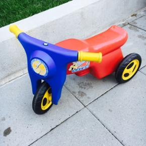 Scootere til de mindste de er brugte. Mp - Kolding - Scootere til de mindste de er brugte. Mp 75kr pr stk - Kolding